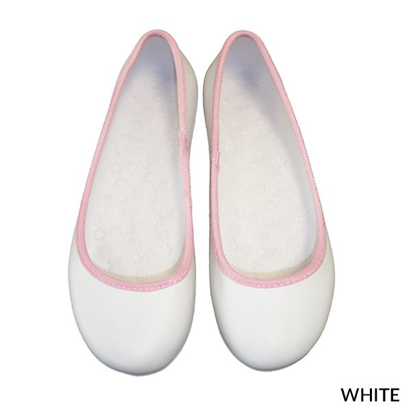 A photo of white women's fashion Ultralight Clogs